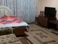 1-комнатная квартира, 38 м², 3/5 этаж посуточно, проспект Назарбаева 42 — Макатаева за 10 000 〒 в Алматы, Алмалинский р-н
