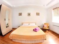 2-комнатная квартира, 67 м², 4/6 этаж посуточно
