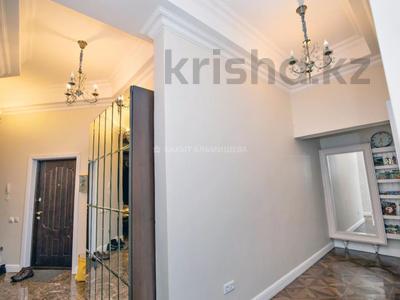 4-комнатная квартира, 157 м², 2/7 этаж, Калдаякова 2/1 за 72 млн 〒 в Нур-Султане (Астана), Алматы р-н — фото 19