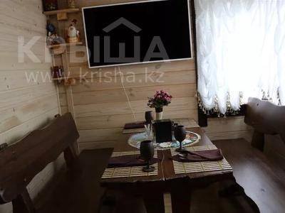 6-комнатный дом посуточно, 750 м², 5 сот., мкр Каменское плато, Оспанова 54 за 250 000 〒 в Алматы, Медеуский р-н