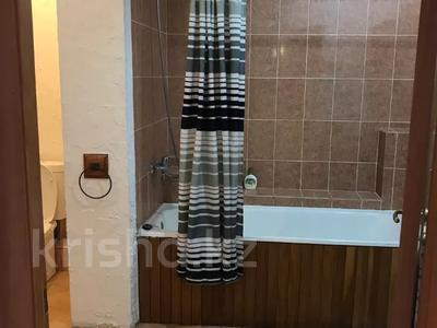3-комнатная квартира, 131 м², 9/9 этаж помесячно, Студенческий 190б за 400 000 〒 в Атырау — фото 5