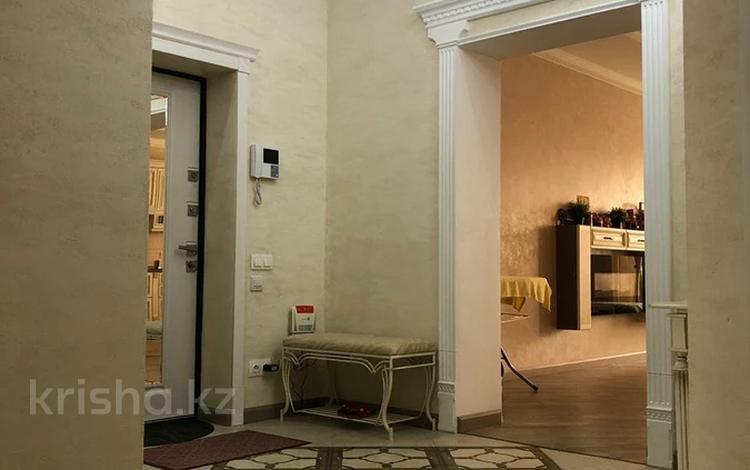3-комнатная квартира, 113 м², 7/10 этаж, мкр Алмагуль, Мкр Алмагуль — Левитана за 76 млн 〒 в Алматы, Бостандыкский р-н