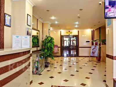 Здание, площадью 3200 м², Илияса Есенберлина 7 — Женис за 950 млн 〒 в Нур-Султане (Астана), Сарыарка р-н — фото 2