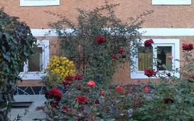 9-комнатный дом, 144 м², 5.2 сот., В центре за 17 млн 〒 в Талгаре