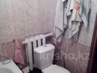2-комнатный дом, 56 м², 9 сот., Бабкина за 7 млн 〒 в Усть-Каменогорске — фото 4
