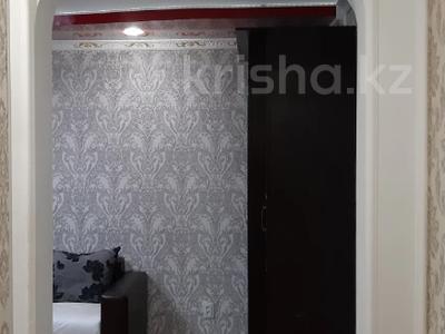 1-комнатная квартира, 35 м², 3/5 этаж посуточно, Лермонтова 91 за 8 000 〒 в Павлодаре — фото 9