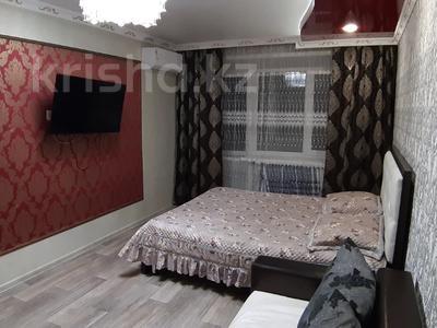 1-комнатная квартира, 35 м², 3/5 этаж посуточно, Лермонтова 91 за 8 000 〒 в Павлодаре