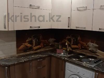 1-комнатная квартира, 35 м², 3/5 этаж посуточно, Лермонтова 91 за 8 000 〒 в Павлодаре — фото 7