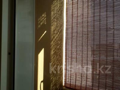 2-комнатная квартира, 52.4 м², 6/10 этаж, Жанасемейская улица 31 за 14 млн 〒 в Семее — фото 8