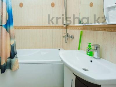 2-комнатная квартира, 90 м², 3 этаж посуточно, Достык 12/1 за 11 990 〒 в Нур-Султане (Астана), Есиль р-н — фото 8