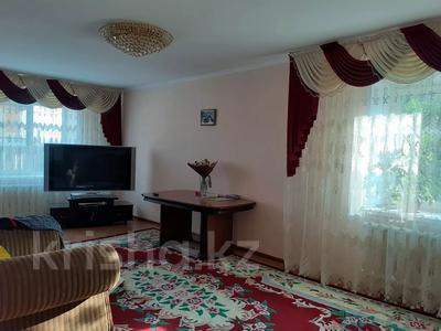 4-комнатный дом, 310 м², 8 сот., Фонтанная за 33.5 млн 〒 в Усть-Каменогорске — фото 9