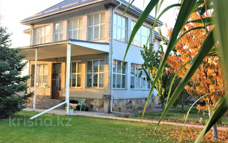 4-комнатный дом, 246 м², 10 сот., Жумабаева за 90 млн 〒 в Бесагаш (Дзержинское)