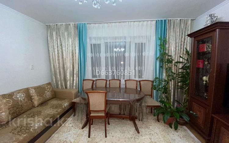 2-комнатная квартира, 54.6 м², 10/10 этаж, Ибраева 111 — Жумабаева за 15 млн 〒 в Семее