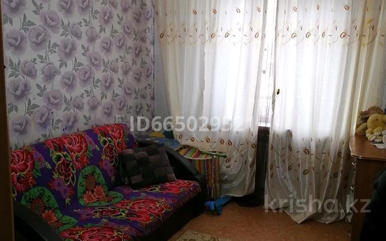 2-комнатная квартира, 35 м², 3/5 этаж, Кунаева 46 за 6 млн 〒 в Риддере
