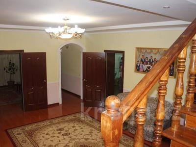 8-комнатный дом, 270 м², 25 сот., Гайдара за 97 млн 〒 в Атырау — фото 12