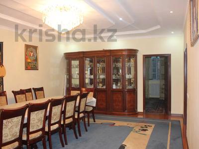 8-комнатный дом, 270 м², 25 сот., Гайдара за 97 млн 〒 в Атырау — фото 17