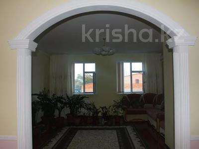8-комнатный дом, 270 м², 25 сот., Гайдара за 97 млн 〒 в Атырау — фото 4