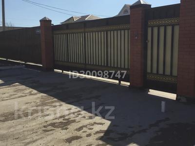 8-комнатный дом, 270 м², 25 сот., Гайдара за 97 млн 〒 в Атырау — фото 34