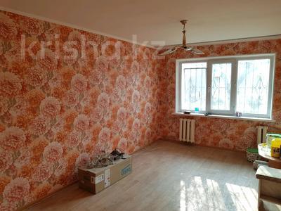 1-комнатная квартира, 32 м², 1/5 этаж, Айбергенова — Джангельдина за 11 млн 〒 в Шымкенте, Аль-Фарабийский р-н