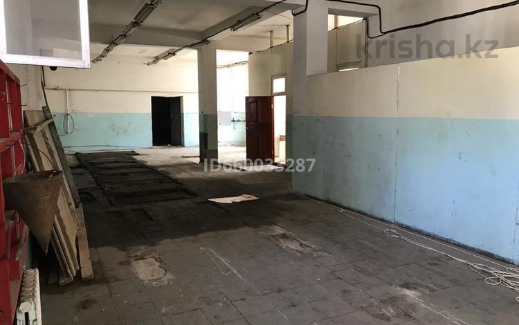 Помещение площадью 200 м², Тауке хана — Орынбаева за 2 000 〒 в Шымкенте, Аль-Фарабийский р-н