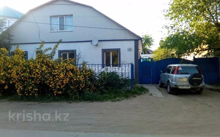 6-комнатный дом, 180 м², 7 сот., Ул.Матросова за 19 млн 〒 в Актобе, Старый город
