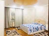 3-комнатная квартира, 140 м², 13/18 этаж посуточно