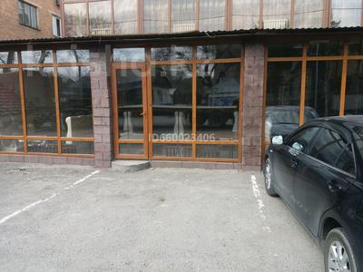Здание, Алдабергенова 174 — Каблисажырау площадью 1500 м² за 3 000 〒 в Талдыкоргане — фото 4