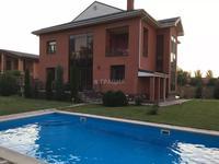 7-комнатный дом поквартально, 430 м², 12 сот.