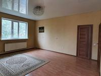 4-комнатный дом помесячно, 160 м², 10 сот.