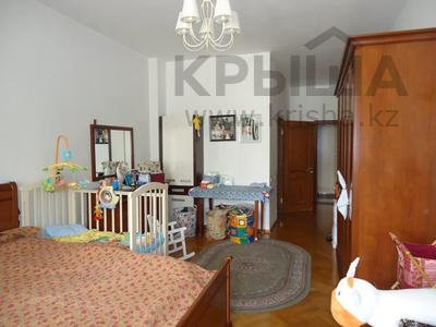 4-комнатная квартира, 200 м², 3/8 этаж помесячно, Достык 116 — Сатпаева за 500 000 〒 в Алматы, Медеуский р-н — фото 21