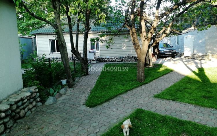 3-комнатный дом, 70 м², 6 сот., Карашаш 27 за 29 млн 〒 в Алматы, Медеуский р-н