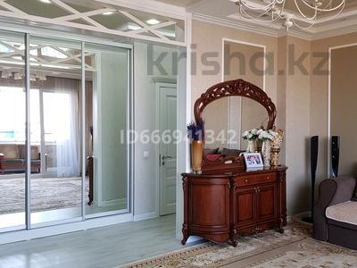 3-комнатная квартира, 125 м², 8/10 этаж, мкр Нурсат, проспект Нурсултана Назарбаева 16 за 52 млн 〒 в Шымкенте, Каратауский р-н