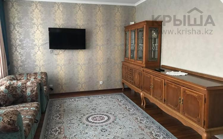 2-комнатная квартира, 45 м², 3/9 этаж помесячно, Бекхожина 9 за 110 000 〒 в Павлодаре