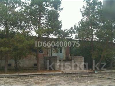 Здание, площадью 5315 м², Абая 2А — Карбышева за 120 млн 〒 в Костанае — фото 2