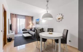 3-комнатная квартира, 63 м², 2/4 этаж, Plaza Universitat 9 за ~ 226.3 млн 〒 в Барселоне