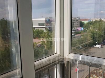1-комнатная квартира, 36 м², 5/5 этаж помесячно, Торайгырова 61 — Сатпаева за 65 000 〒 в Павлодаре — фото 13