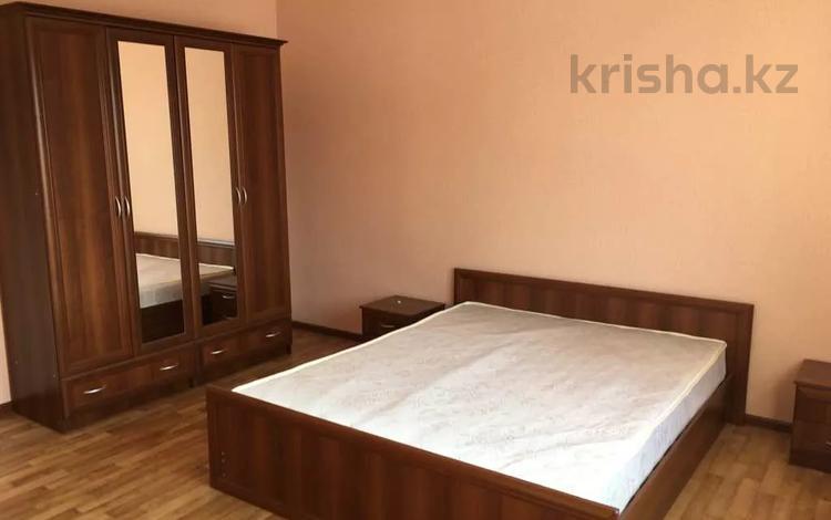 16-комнатный дом, 485 м², 10 сот., мкр Кайрат, Торгын 18 за 42 млн 〒 в Алматы, Турксибский р-н