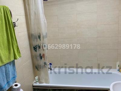 1-комнатная квартира, 27 м², 2/5 этаж, мкр Хан Тенгри 83 за 16.5 млн 〒 в Алматы, Бостандыкский р-н