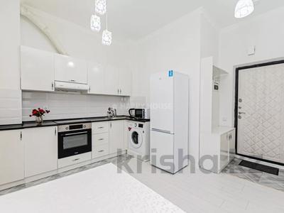1-комнатная квартира, 40 м² посуточно, Туркестан 14а — Орынбор за 8 000 〒 в Нур-Султане (Астане), Есильский р-н