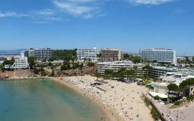 3-комнатная квартира, 91 м², 5/6 этаж, Carrer del Roquer 56 за 126 млн 〒 в Салоу