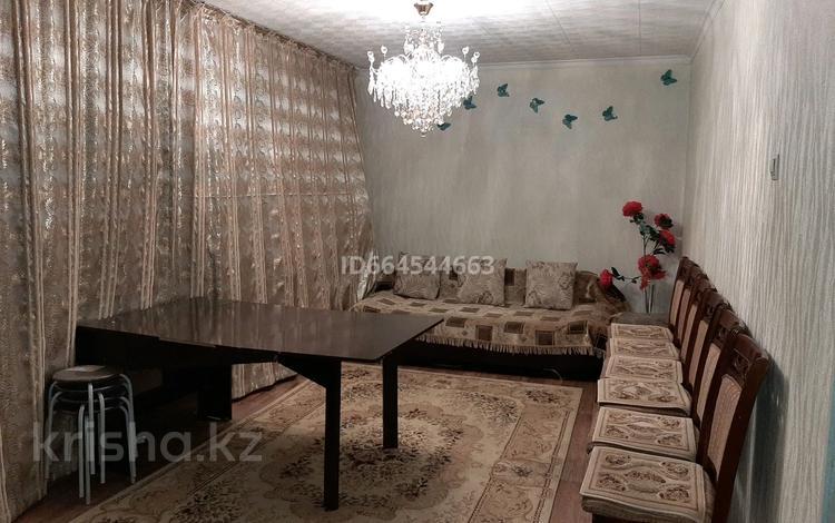 3-комнатная квартира, 58 м², 2/5 этаж, Жастар 30 — Конаева за 15 млн 〒 в Талдыкоргане
