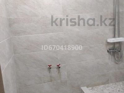 5-комнатная квартира, 200 м², 2/2 этаж, мкр Юго-Восток, Ж.Абишева 44 — Магнум за 70 млн 〒 в Караганде, Казыбек би р-н