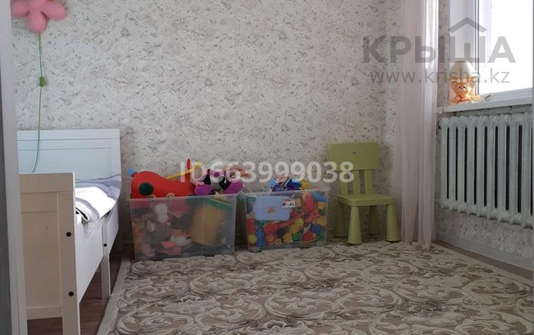 4-комнатная квартира, 63 м², 4/5 этаж, улица В. Захарова 27 за 15.5 млн 〒 в Уральске