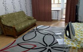 2-комнатная квартира, 60 м², 2/5 этаж помесячно, Аманова 22 за 110 000 〒 в Семее