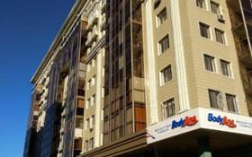 5-комнатная квартира, 200 м², 9/10 этаж помесячно, Сарайшык 38 за 400 000 〒 в Нур-Султане (Астана), Есиль р-н