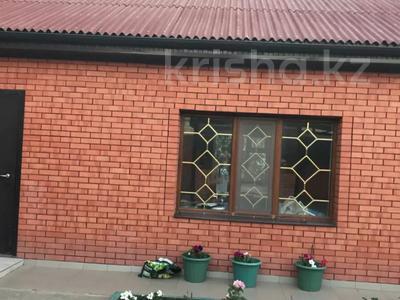 6-комнатный дом, 360 м², 6 сот., Тлепергенова 37 за 70 млн 〒 в Актобе, мкр 5 — фото 2