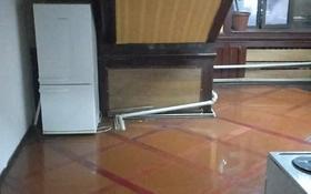 1-комнатная квартира, 30 м², 2/3 этаж помесячно, мкр Баянаул, Мкр Баянаул за 55 000 〒 в Алматы, Ауэзовский р-н