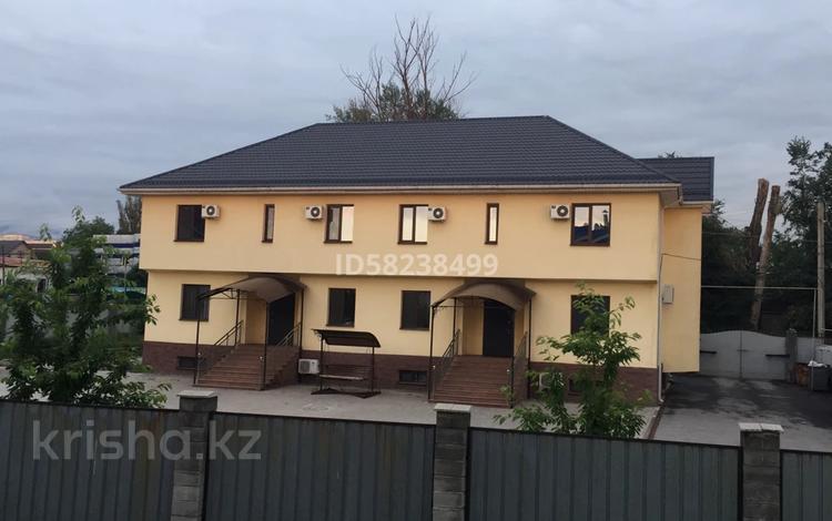 22-комнатный дом помесячно, 600 м², 10 сот., мкр Астана за 1.6 млн 〒 в Алматы, Ауэзовский р-н