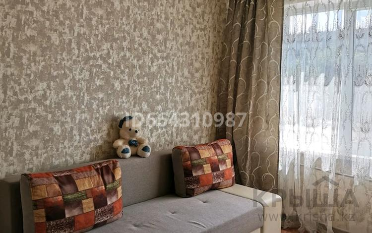 3-комнатная квартира, 67 м², 2/5 этаж, Нурсултан Назарбаева 93 за 20.5 млн 〒 в Усть-Каменогорске