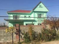 9-комнатный дом, 370 м², 12 сот.